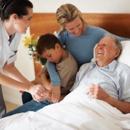 Отец встал на ноги после инсульта и вернул речь!